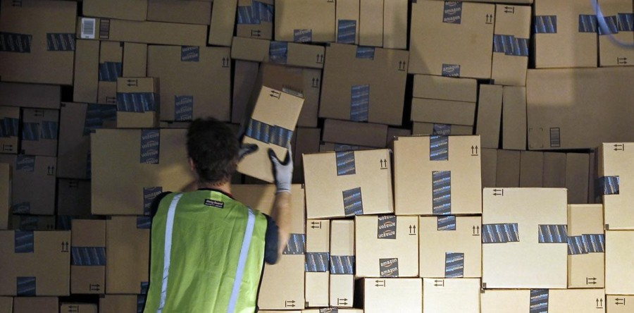 Ecommerce tips – the benefits of offering free shipping